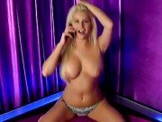 Spencer Scott sexy blondýna strip