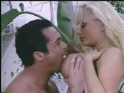 Stacy Valentine - sex u bazénu